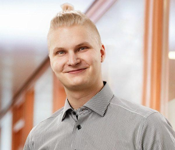 Lauri Karhunen, Rakennuttajainsinööri